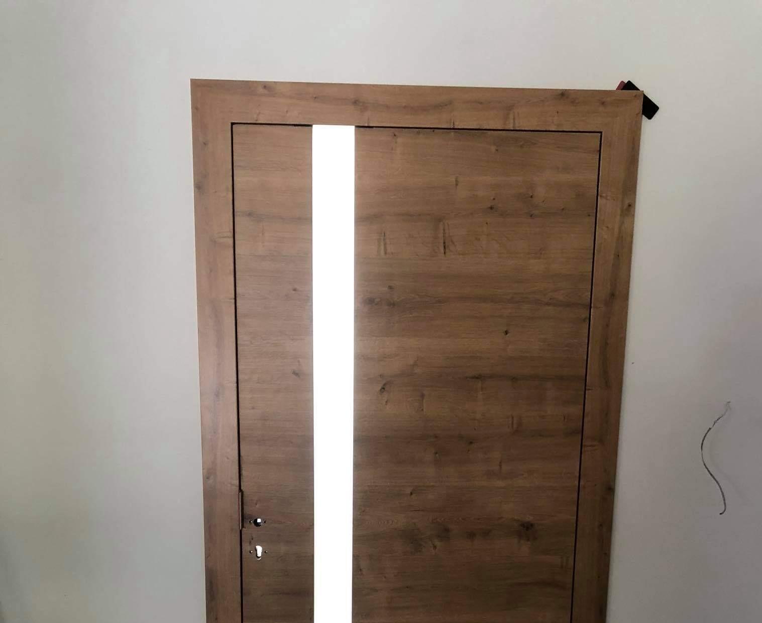 Sapeli beltéri ajtóink minimalista környezetben ragyognak